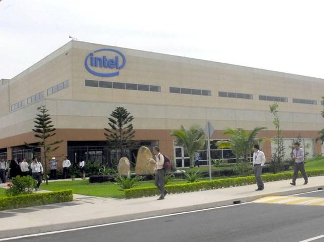 Intel переносит обработку чипсетов серии 300 из Китая во Вьетнам